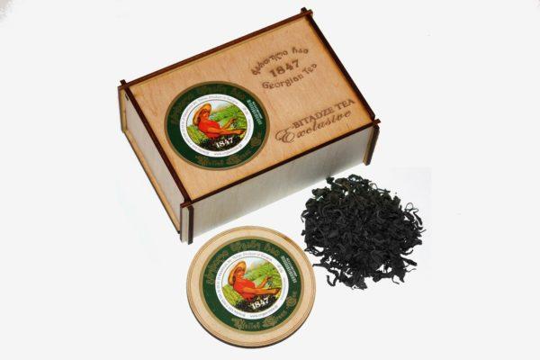 Грузинский чёрный чай в деревянной коробочке