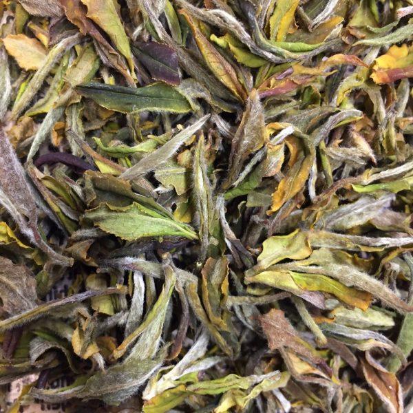 Грузинский дикий белый чай в крафтовой упаковке